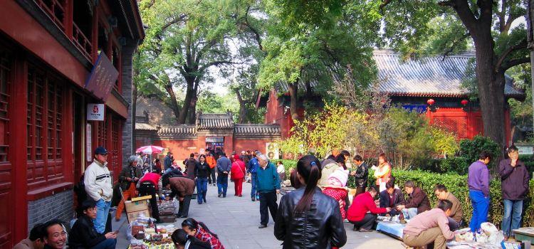 Beijing Baoguo Temple3