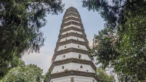 Langzhong White Tower