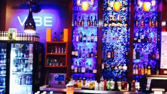 Vibe Bar & Lounge