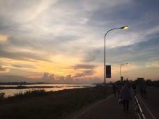湄公河边公园-万象-啊喔呃咦唔吁嘿嘿