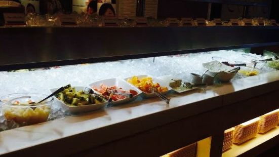 The Global Buffet Couria Canal City