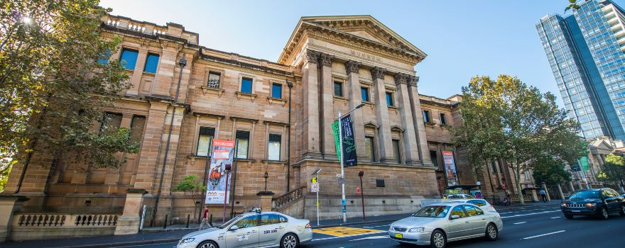 Tour Sydney' Many Museums