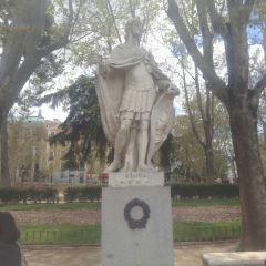 Plaza de Oriente User Photo