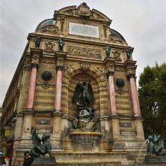 Fontaine Saint-Michel User Photo