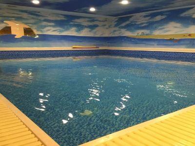 陽光沙灘親子游泳館
