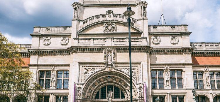 Victoria and Albert Museum2