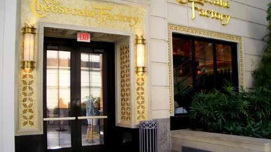 The Cheesecake Factory-Boston