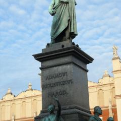 Adam Mickiewicz statue User Photo