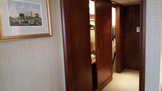 樂聚廊(港麗酒店)