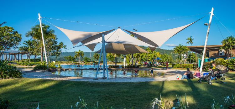 Airlie Beach Lagoon3
