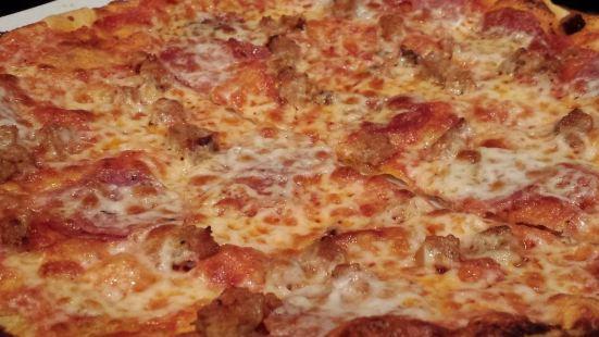 Cinecitta Bar and Roman Pizza