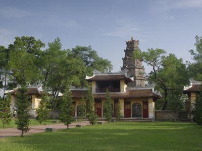 Truong Son National Cemetery