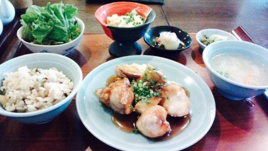 Gion Mongiwa Hanso