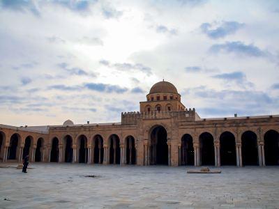 奧克巴清真寺
