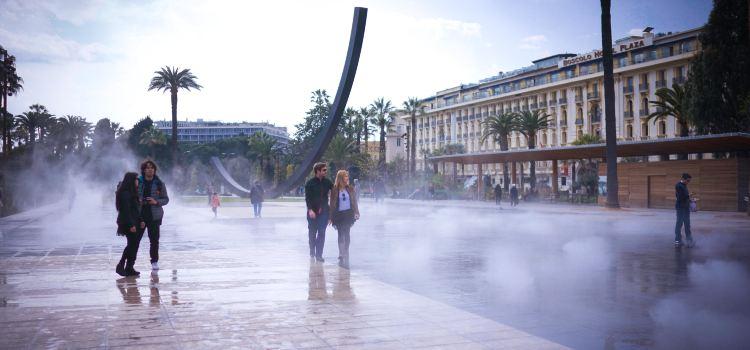 Place Masséna2