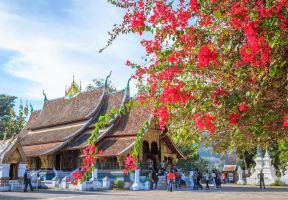 琅勃拉邦寺廟巡禮