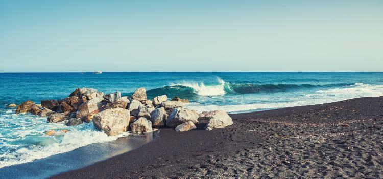 Perissa Beach3