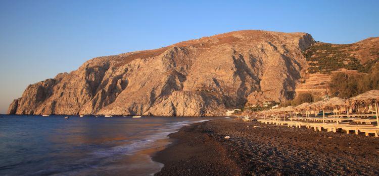 卡馬利黑沙灘1