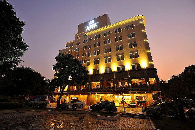 zhuhai leisure hotel hotel reviews and room rates rh trip com