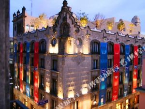 墨西哥城歷史中心歡朋酒店(Hampton Inn & Suites Mexico City - Centro Historico)