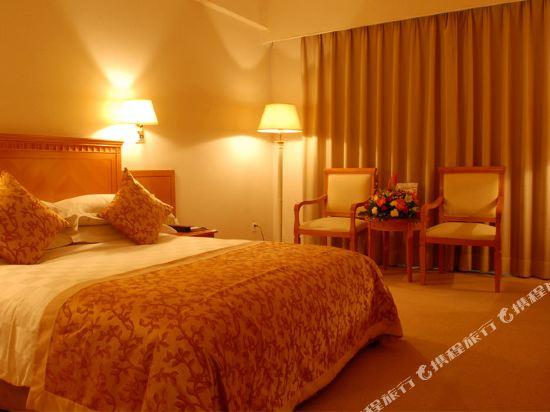 深圳長城大酒店高級大床房
