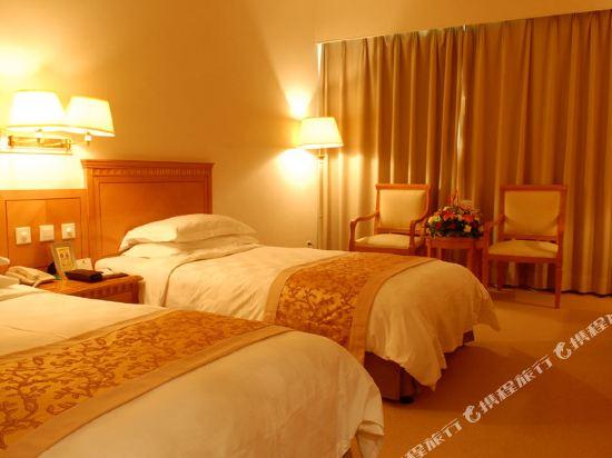深圳長城大酒店高級雙床房