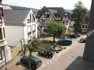 維恩豪斯格列伯餐廳酒店(Hotel-Restaurant Weinhaus Grebel)