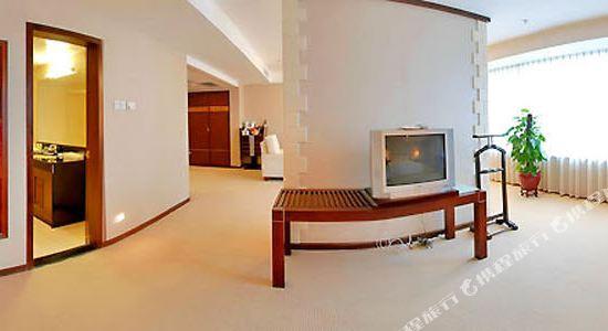 美豪麗致酒店(深圳福田會展中心店)(Mehood Lestie Hotel (Shenzhen Futian Convention and Exhibition Center))套房卧室