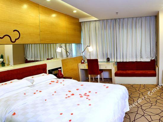 深圳楚天大酒店(Grand Chu Hotel)豪華大床房