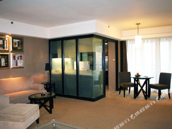 深圳999丹楓白露酒店(999 Royal Suites & TowersShenzhen)豪華套房