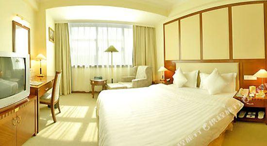 深圳景田酒店豪華大床房