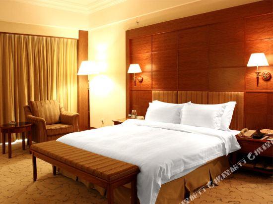 東莞石龍名冠金凱悅酒店(Gladden Hotel (Shilong Town))行政園景套房
