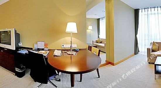 深圳博林聖海倫酒店(St.Helen Hotels)豪華大床房