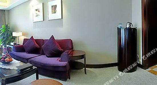 杭州開元名都大酒店(New Century Grand Hotel Hangzhou)名士閣客廳套房