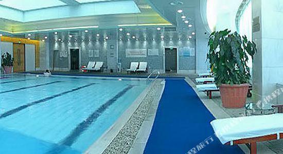 杭州開元名都大酒店(New Century Grand Hotel Hangzhou)游泳池
