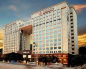 廣州嘉鴻華美達廣場酒店
