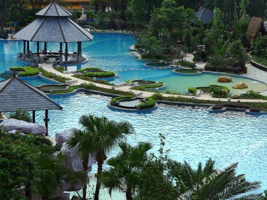 中山温泉賓館(Zhongshan Hot Spring Resort)室外游泳池