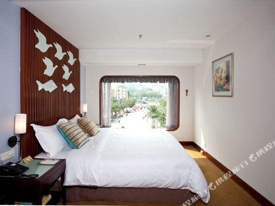 深圳鴻隆明華輪酒店(Cruise Inn)二副山景房