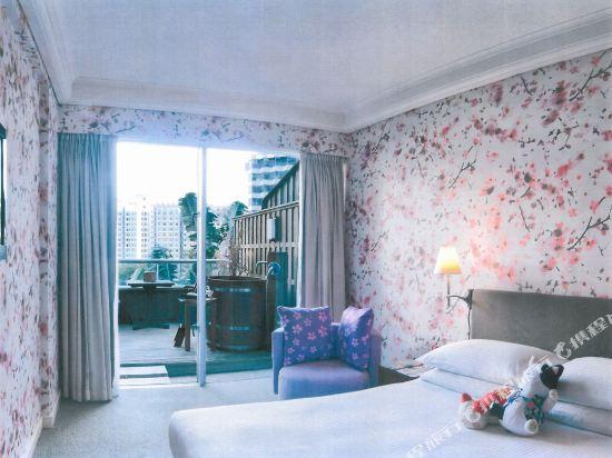 香港都會海逸酒店(Harbour Plaza Metropolis)高級客房連露台