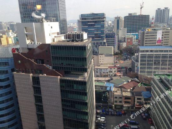 首爾天空花園酒店明洞中心店(Hotel Skypark Central Myeongdong Seoul)眺望遠景