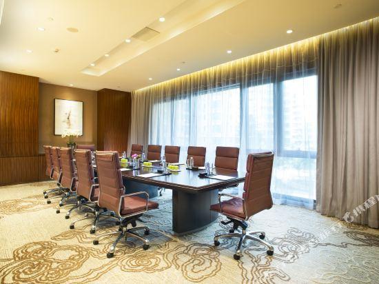 深圳蘭赫美特酒店(The L'Hermitage Hotel)會議室