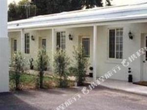 瓦南布爾莫頓B&B商務酒店(Merton Manor Exclusive Bed & Breakfast Warrnambool)