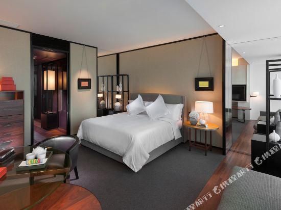廣州文華東方酒店(Mandarin Oriental Guangzhou)東方會豪華大床房