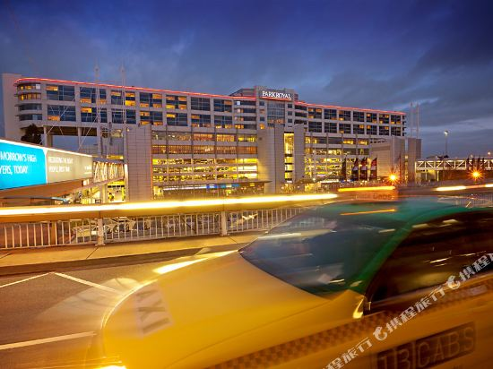 Parkroyal Melbourne Airport Hotel