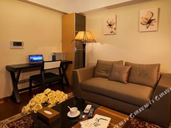 廣州臨江上品維福頓公寓(琶洲會展中心店)(Linjiang Shangpin Weifudun Apartment (Pazhou Complex))豪華城景大床房