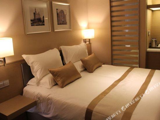 上海徐匯云睿酒店(原云睿酒店(上海徐家匯八萬人體育場店))和頤大床房