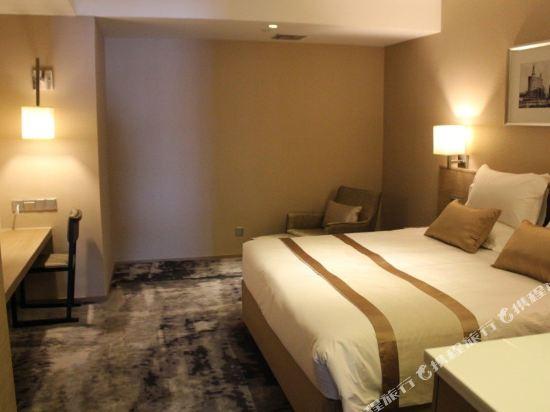 上海徐匯云睿酒店(原云睿酒店(上海徐家匯八萬人體育場店))和頤特惠大床房