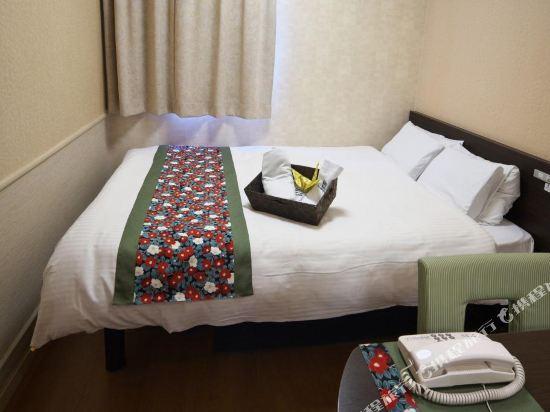 道頓堀酒店(Dotonbori Hotel)小間大床房