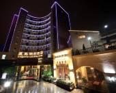 星島假日酒店(上海郵輪港店)