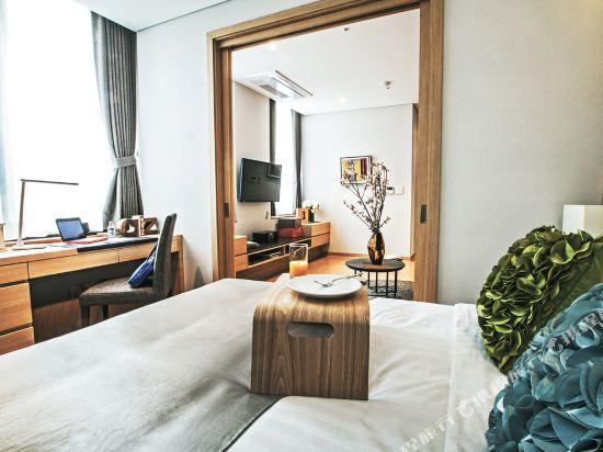 首爾南大門輝盛坊國際公寓(Fraser Place Namdaemun)豪華房